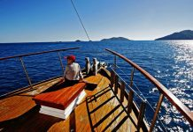 liveaboard-diving-destinations-great-barrier-reef-australia