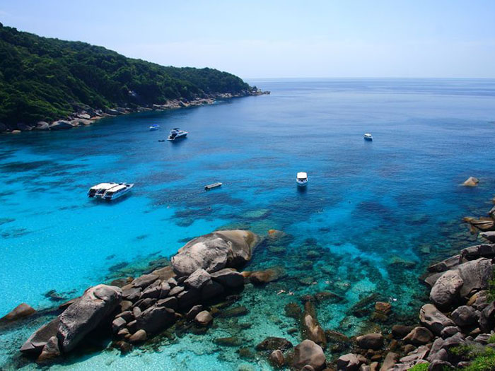 liveaboard-diving-destinations-similan-islands-thailand